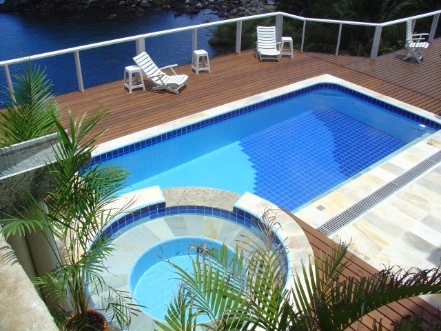 Piscina elevada ilha bela engevil piscinasengevil piscinas for Projeto x piscina